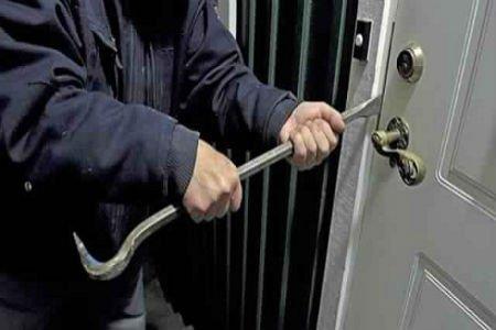 """اكادير: اعتقال """"استاذ"""" سرق محتويات منزلين"""