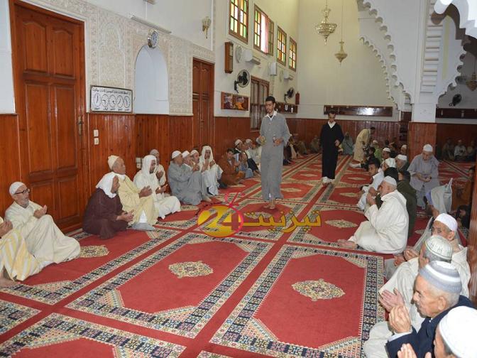 بالفيديو : احياء ليلة المولد النبوي بمسجد ادزكري