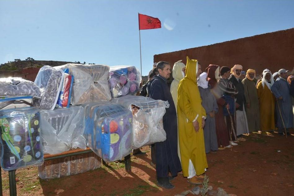 توزيع اغطية لمستفيدين من سيدي بوعبدلي و اولاد جرار باقليم تيزنيت / صور