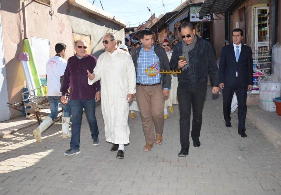 عامل اقليم تيزنيت يتفقد اوراش تهيئة المجال الحضري لمدينة تافراوت