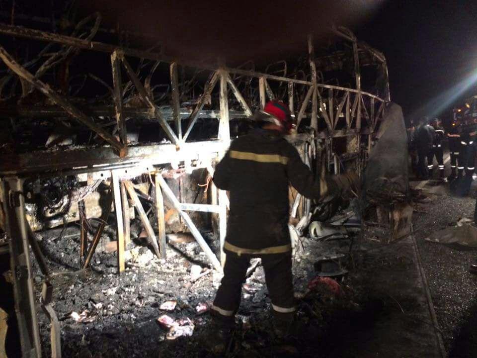 حافلة تحترق بالطريق السيار مدخل اكادير وتخلف 11 قتيلا والحصيلة في ارتفاع