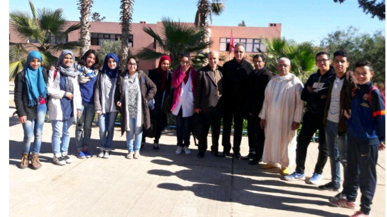تيزنيت : الثانوية التأهيلية الوحدة تشارك في الأولمبياد المغربية في المعلوميات برسم الموسم الدراسي 2016-2017