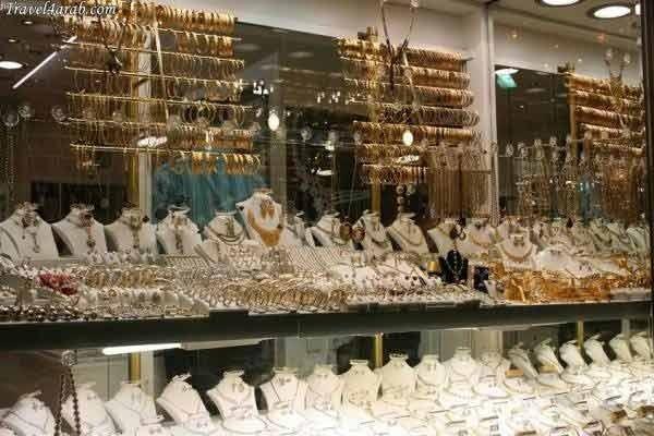 أمن أكادير يطيح بعناصر أخرى من العصابة المتورطة في سرقة محلات بيع المجوهرات