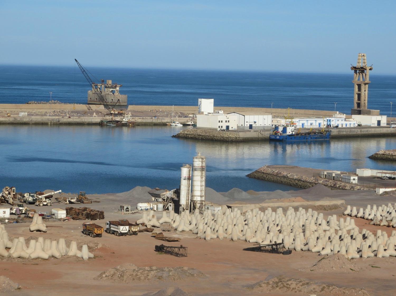 مطالب بإدراج ميناء سيدي إفني ضمن المواني التي تستعملها بواخر صيد الأخطبوط