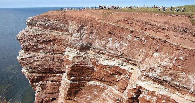 اكتشاف حقبة جيولوجية جديدية بورزازات عمرها مابين 800 مليون ومليار سنة