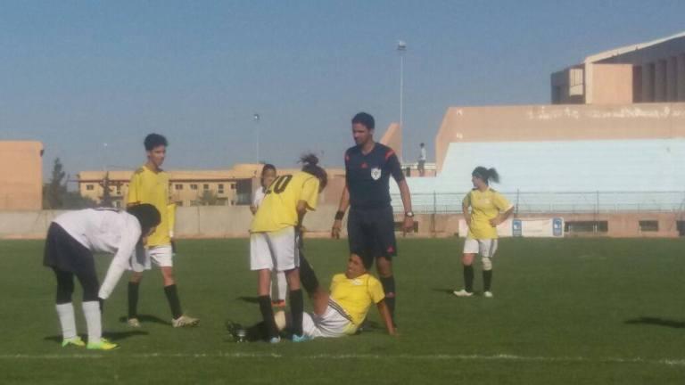 """أمل تيزنيت لكرة القدم النسوية يعترض على إستعمال """" الحرقوم """" ويشكو الحكم للجامعة"""