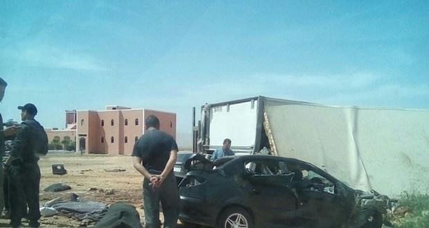 وفاة 3 أشخاص في صفوف الدرك في حادثة سير مؤلمة بين كلميم و تكانت