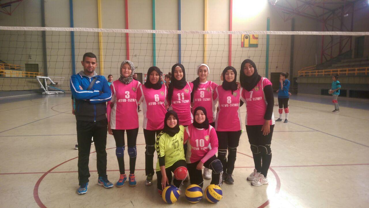 فتيات ثانوية الوحدة بتيزنيت يتأهلن للبطولة الوطنية المدرسية