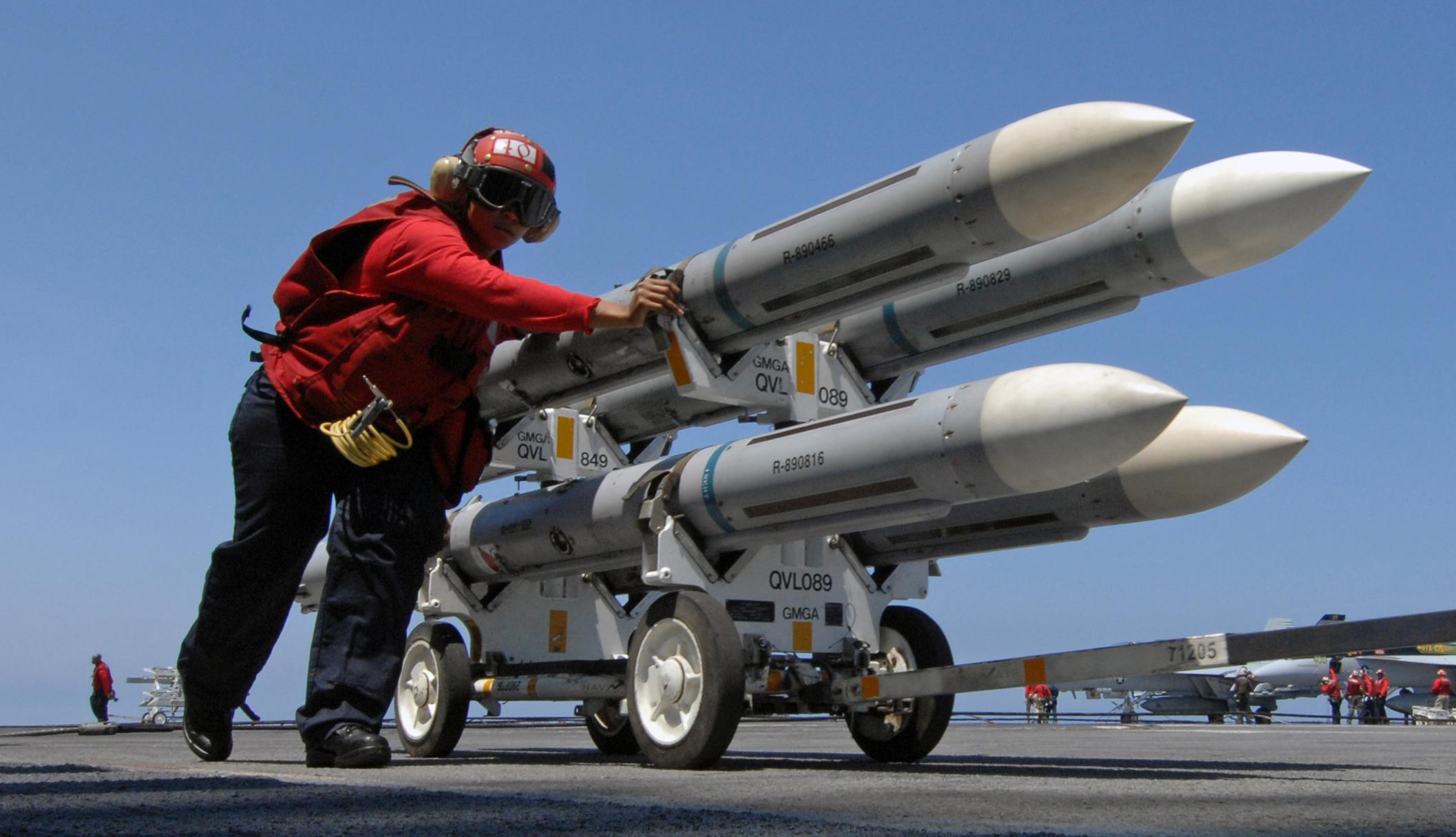 """""""البنتاغون"""" تعلن عن صفقة صيانة صواريخ المغرب"""