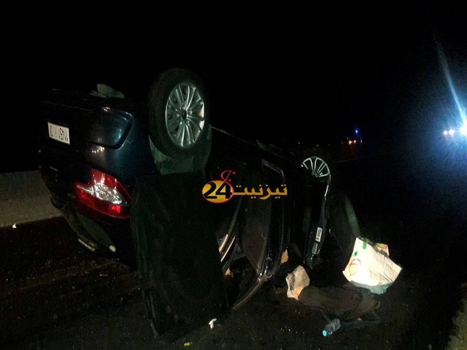 جرح استادة في حادث انقلاب سيارة بين تيزنيت و اكادير