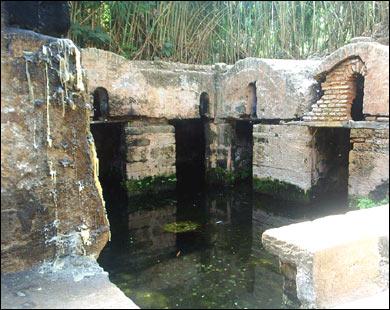 تكتم على اكتشاف حي أثري لصناعة الخزف في سلا يعود إلى القرن الـ12