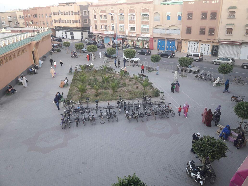 تحرير ساحة مسجد القدس من الباعة الجائلين يخلف ارتياح و فرح كبيرين