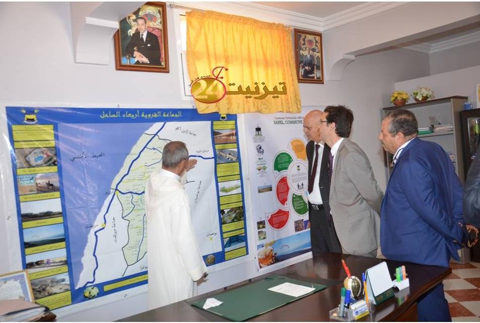 بالصور : زيارة القنصل الفرنسي لجماعة الساحل