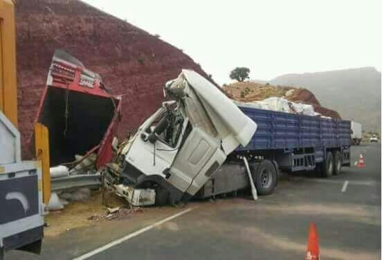 بالصور : حادثة سير مميتة بمنعرج امسكرود