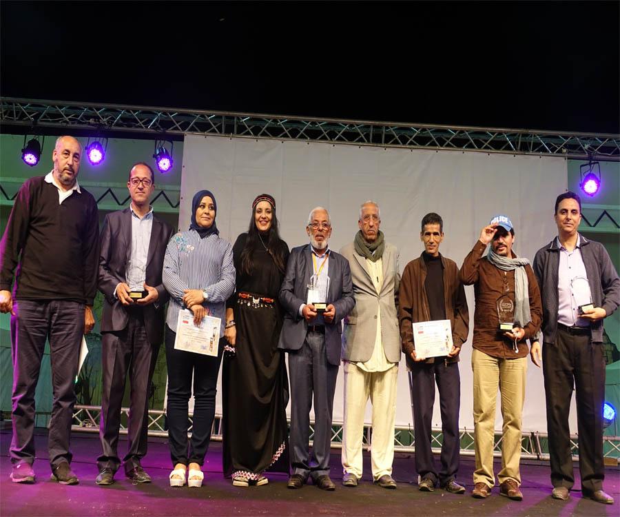 تافراوت : إسدال الستار على فعاليات مهرجان تافسوت للسينما بتوزيع الجوائز وتكريم بعض الممثلين