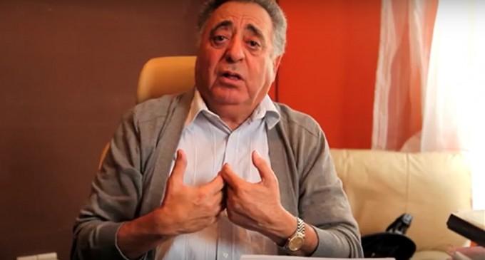 """أبناء اقاليم تيزنيت افني و طانطان بالدار البيضاء  يدينون تصريحات """" زيان """" و يصفونها بالعنصرية"""