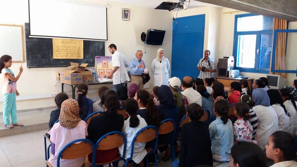 يوم طبي حول صحة الفم و الاسنان بمدرسة 18 نونبر بتيزنيت