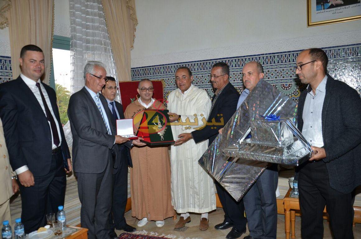 صور تكريم النعمان اباكريم رئيس قسم الشؤون الاقتصادية بعمالة تيزنيت
