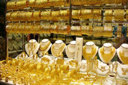 مهاجرون افارقة يسرقون مجوهرات محل تجاري بتيزنيت