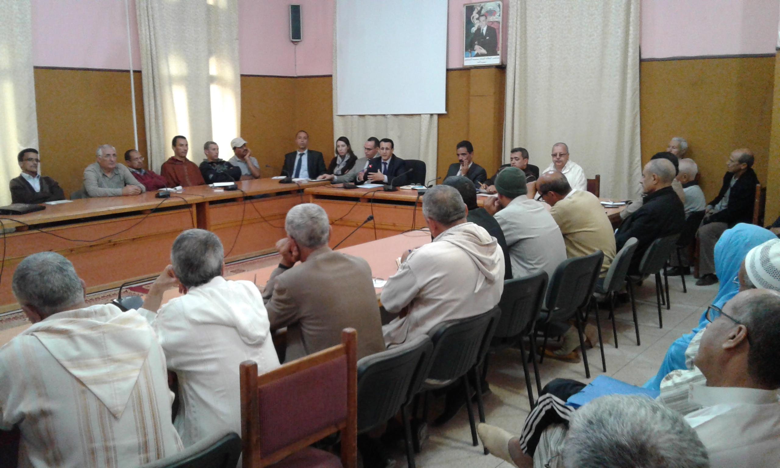 لقاءات محلية على مستوى الدوائرالادارية والباشويات باقليم تيزنيت للتعبئة حول تاهيل المؤسسات التعليمية