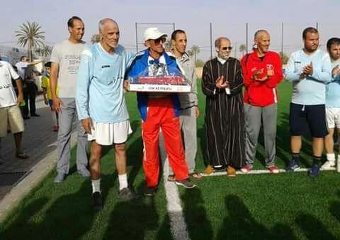 جمعية قدماء لاعبي أمل تيزنيت وفعاليات جمعوية تكرم مؤسس المولودية عابيدو في نهائي بين النخيل