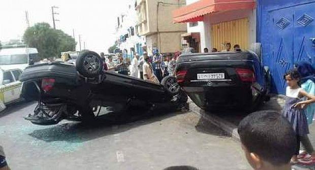 انقلاب سيارتين في حادثة سير هوليودية ضواحي أكادير