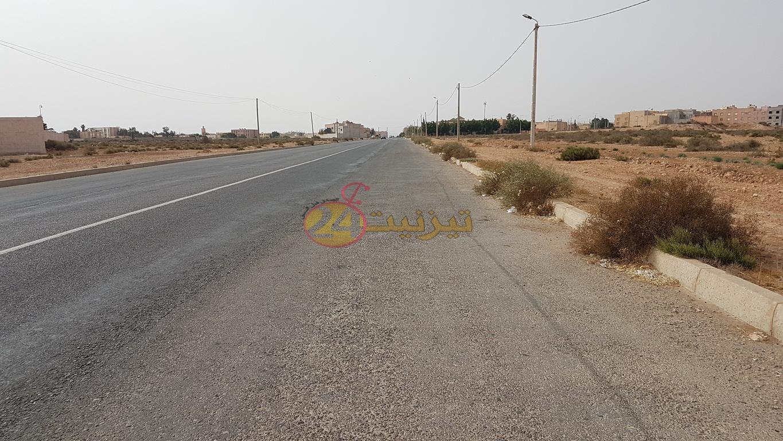 شارع كبير بمدينة تيزنيت لا يشرف المدينة..!!