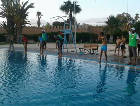 نادي أساتذة التربية البدنية بتيزنيت يحتفي بعيد العرش و ينظم ألعاب بلا حدود