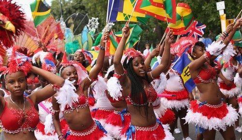 أكادير تحتضن الدورة 3 للمهرجان الافريقي للفنون الشعبية