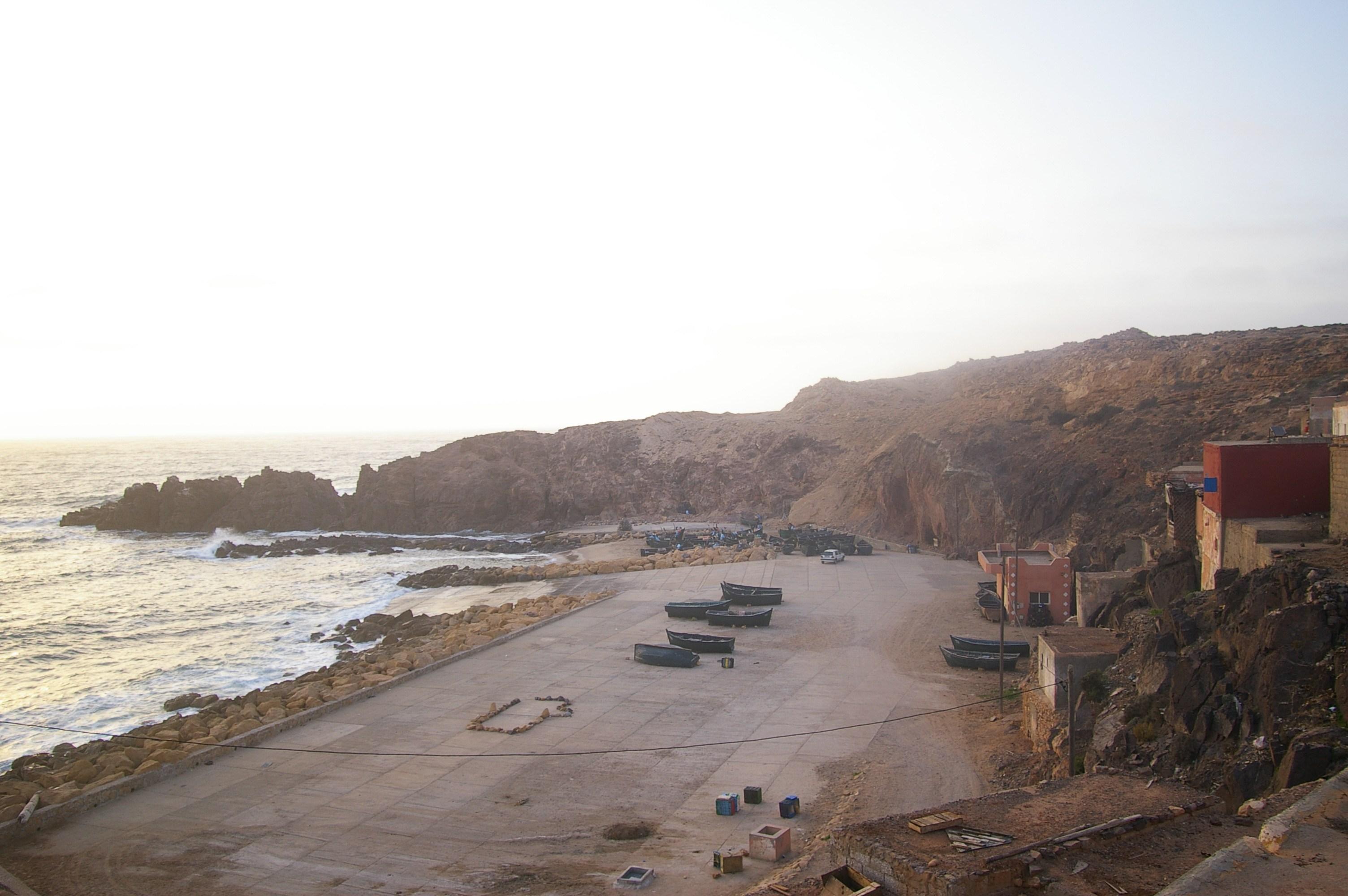 """وزارةالفلاحة و الصيد تمنع جمع وتسويق الصدفيات بمنطقة """"سيدي بولفضايل"""" بتزنيت"""