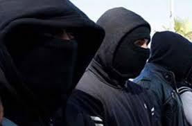 """أكادير : عصابة """" النينجا """" تثير الرعب في زوار المدينة وعدد الضحايا يرتفع"""