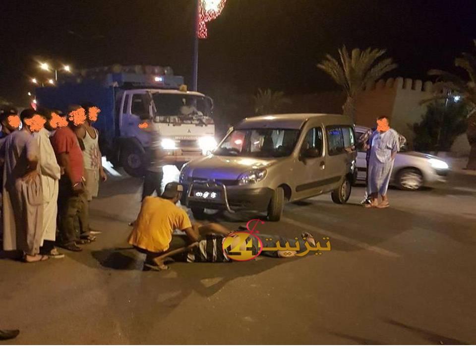 اصابة سائق دراجة نارية بجروح في حادثة سير بشارع الحسن الثاني