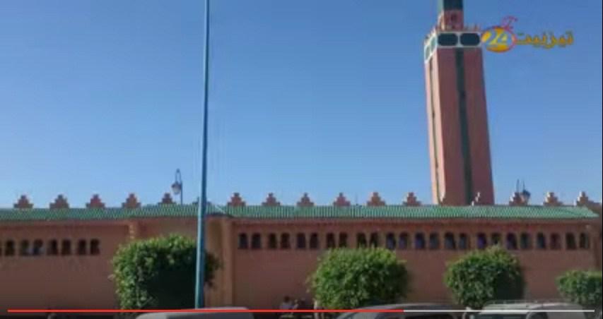 """"""" عيساوي"""" يثير الهلع بساحة مسجد القدس"""
