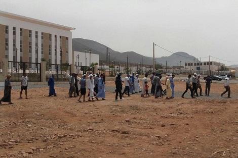 """محتجون ينددون بـ""""تحديد الملك"""" في سيدي إفني"""