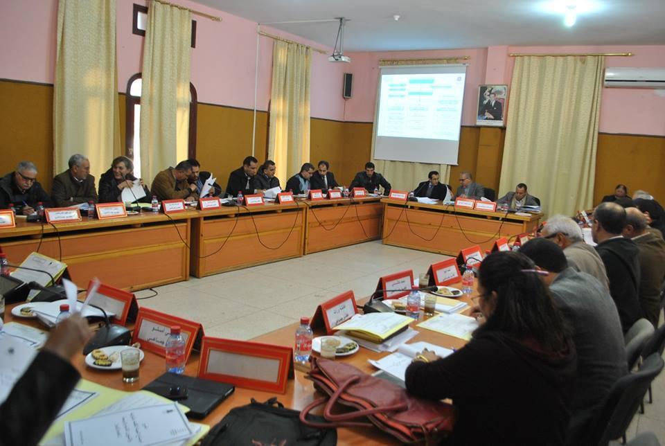 مجلس جماعة تيزنيت يعقد أشغال الدورة العادية لشهرأكتوبر 2017