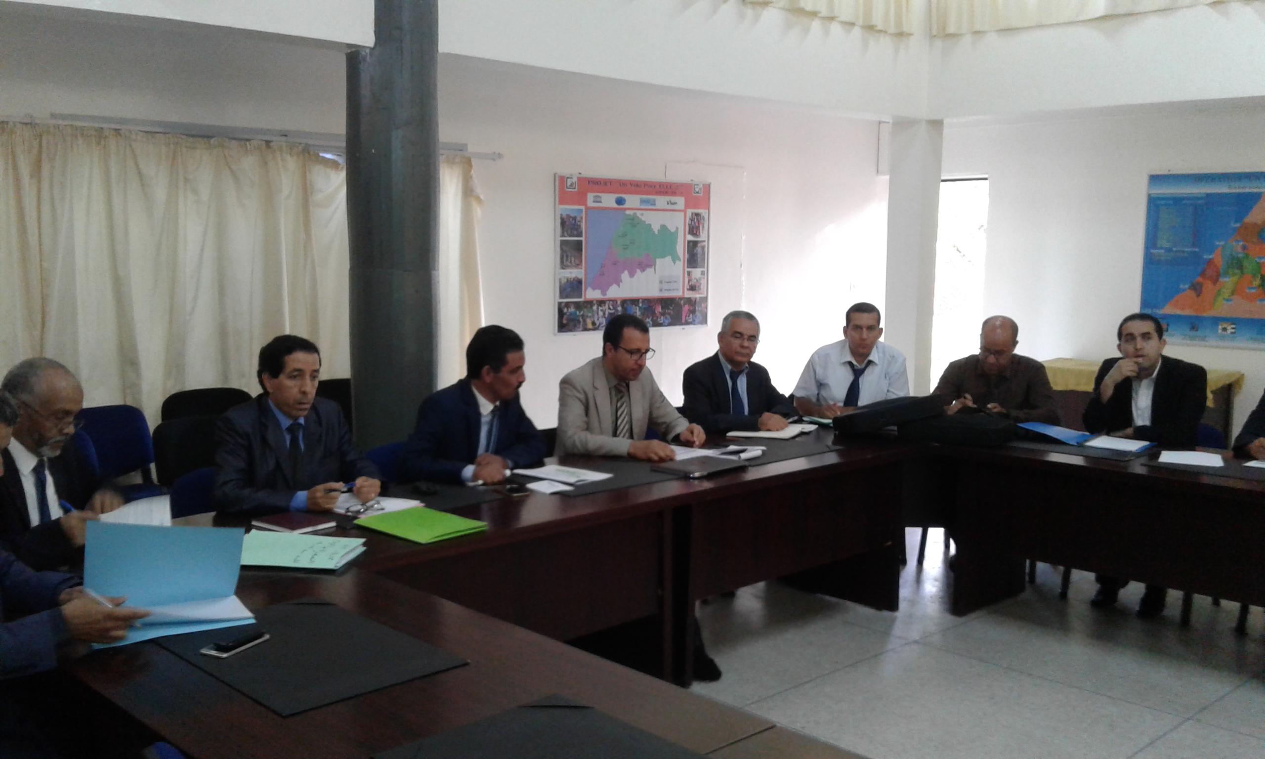 لجنة مركزية تابعة لوزارة التربية الوطنية في زيارة عمل للمديرية الاقليمية بتيزنيت