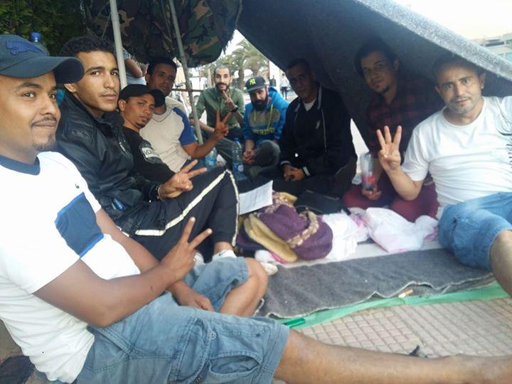 اضراب عن الطعام و وقفة احتجاجية أمام مقر باشوية-جماعة تيزنيت