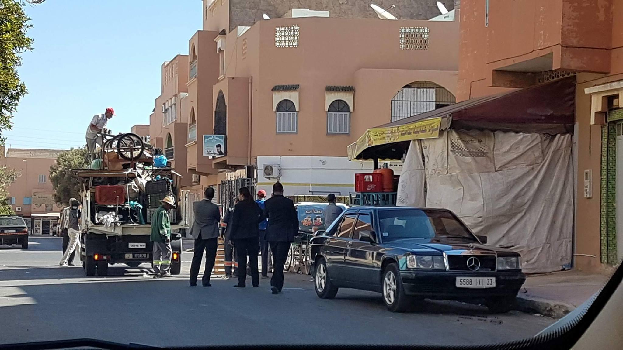 السلطة المحلية بتيزنيت تشن حملة لتحرير الملك العمومي