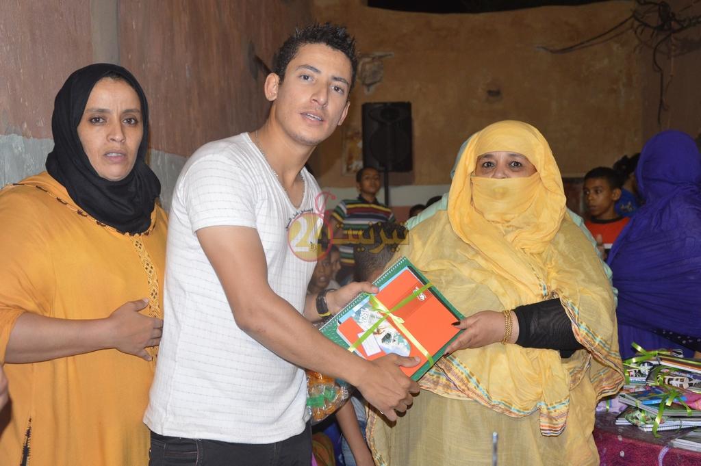 جمعية بالمدينة العتيقة توزع لوازم و ادوات مدرسية على تلاميذ حي اداومكنون
