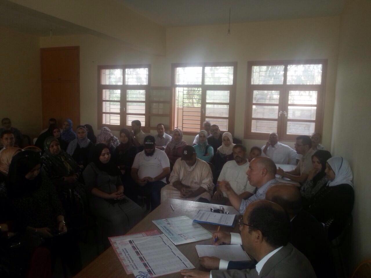 لقاء تواصلي مع أمهات وآباء التلاميذ بثانوية الإمام مالك الإعدادية