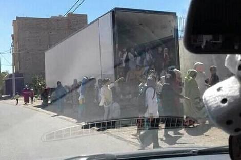 صورة تلاميذ بشاحنة تبريد تحرّك أكاديمية سوس