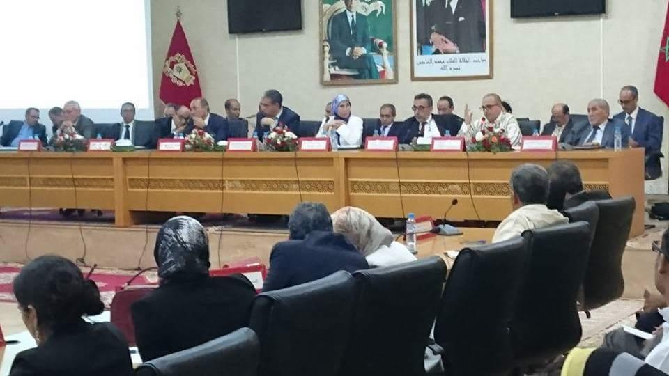 12 رئيس جماعة باقليم تيزنيت يصدرون بيانابعد لقاء الوزير الرباح