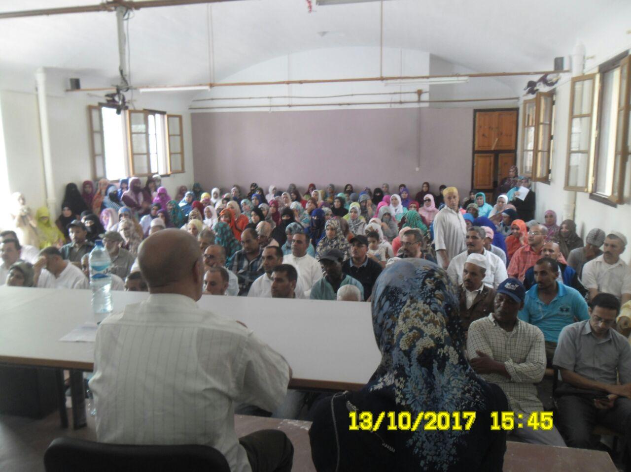 لقاء تواصلي مع اباء وامهات التلاميذ بثانوية مولاي رشيد