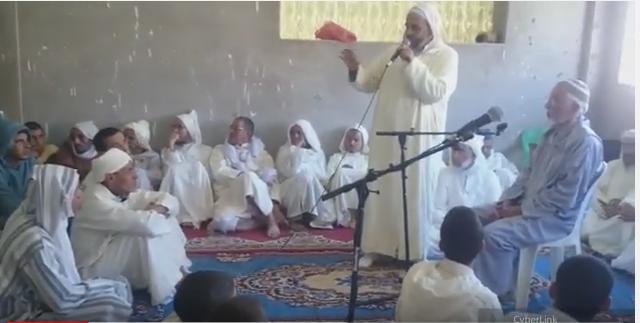 فيديو : المدرسة العتيقة الجمعة جماعة ايت عبد الله بسيدي افني