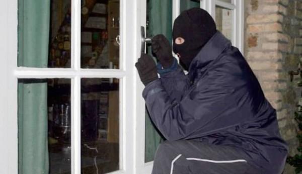 سرقة شقة في واضحة النهار بحي افراك بتيزنيت