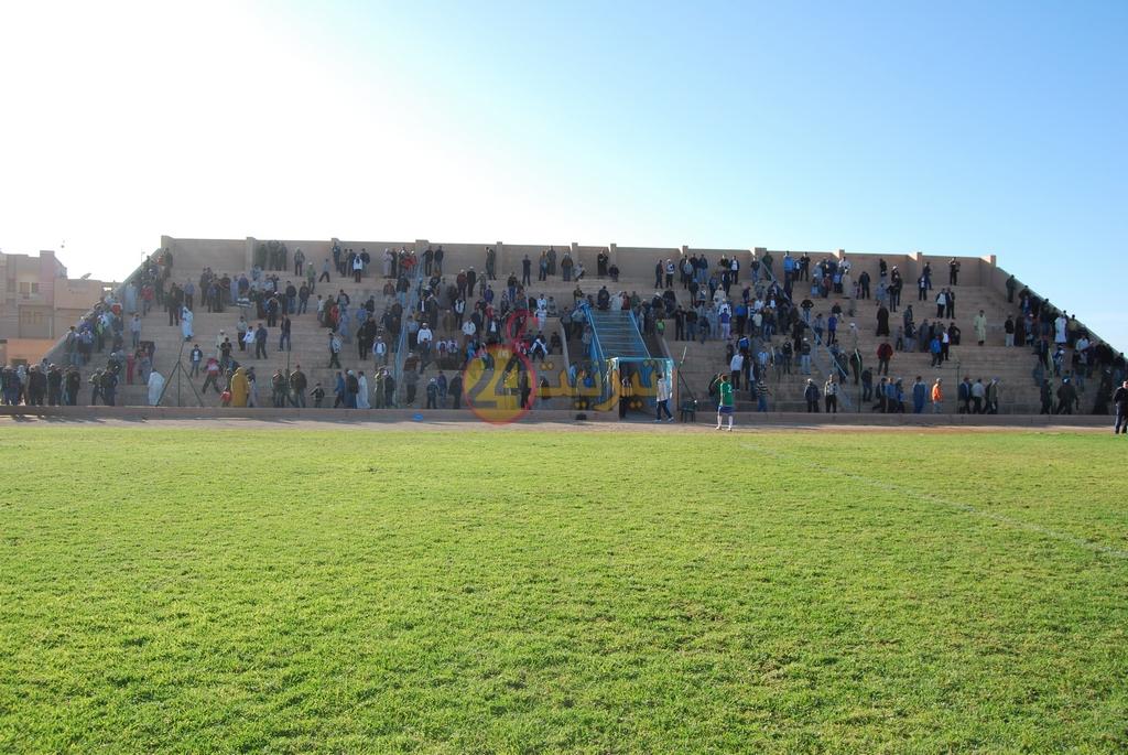 اعادة تهيئة ملعب المسيرة بتيزنيت على شكل الملاعب الحديثة