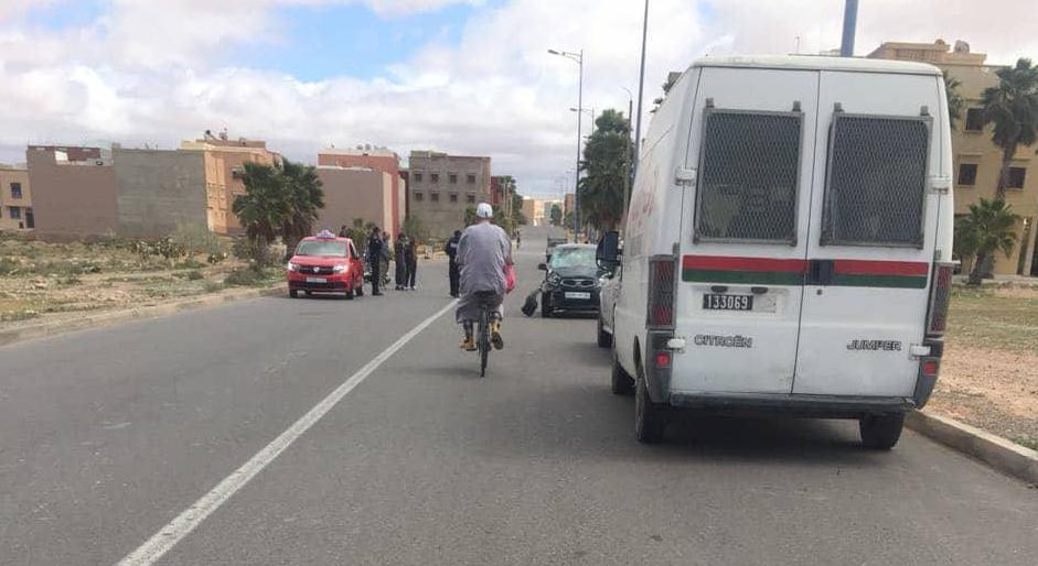 جريحين في حادثة سير بين دراجة نارية و سيارة بتيزنيت