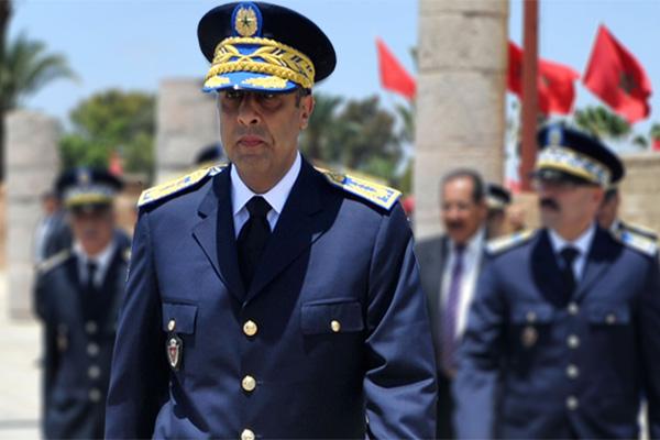 توقيف ضابط شرطة بتيزنيت مؤقتا عن العمل لإخلاله بالواجبات المفروضة في موظفي الأمن