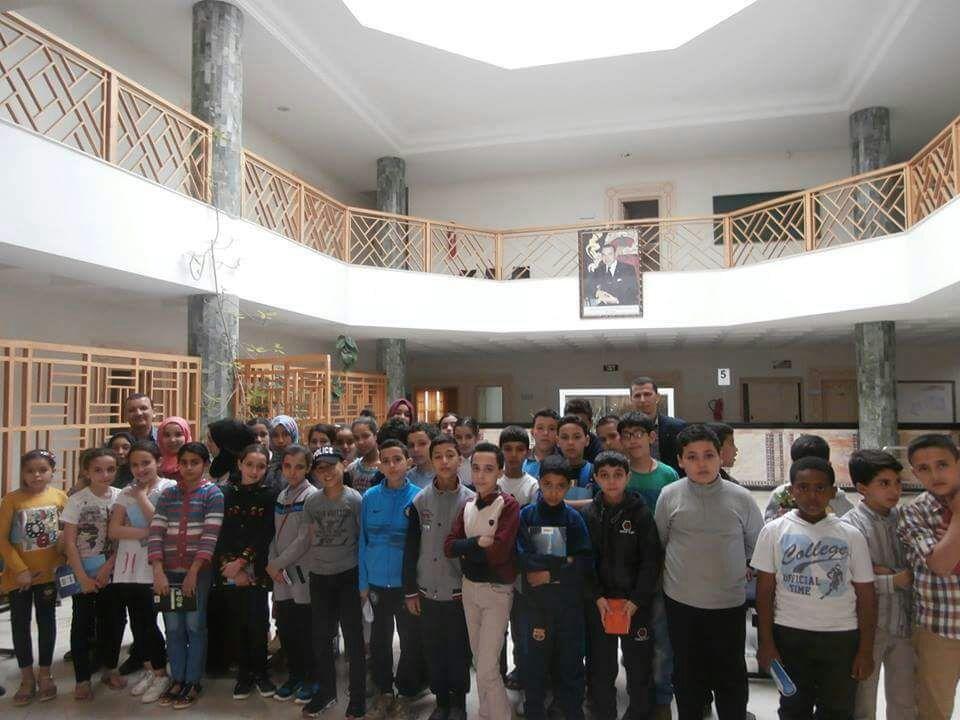 تلاميذ مؤسسة نور الفرقان الخاصة في زيارة خاصة للخزينة الاقليمية
