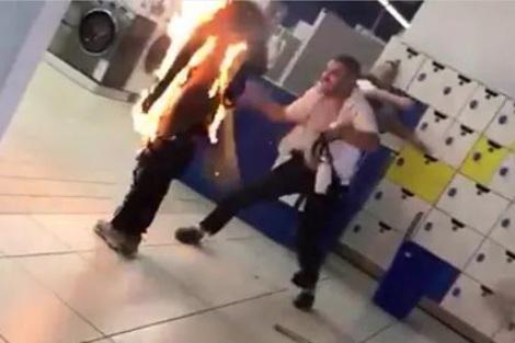 """وفاة الشاب الذي أحرق جسده داخل """"مرجان"""" أكادير"""